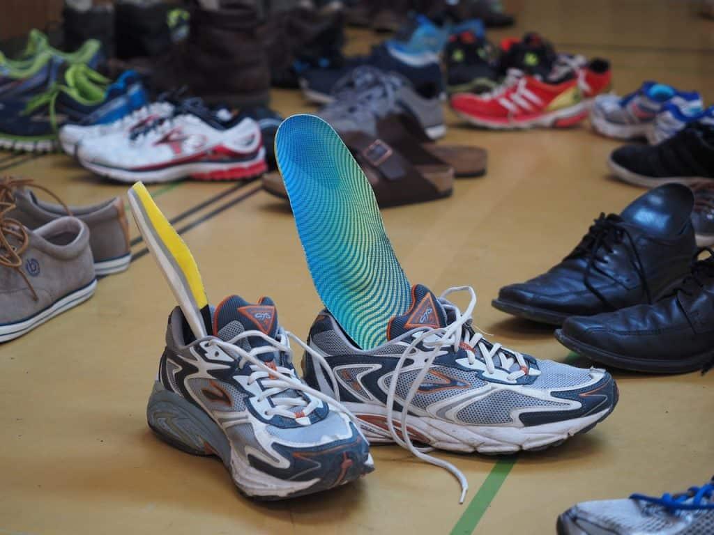 זוג נעלים