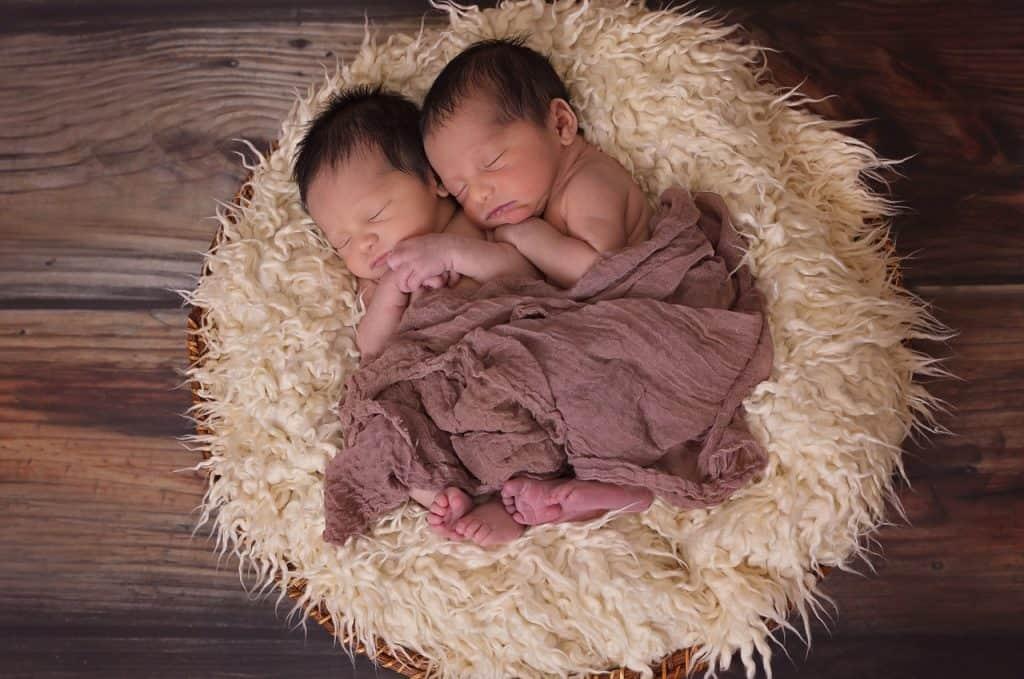 תינוקות ישנים