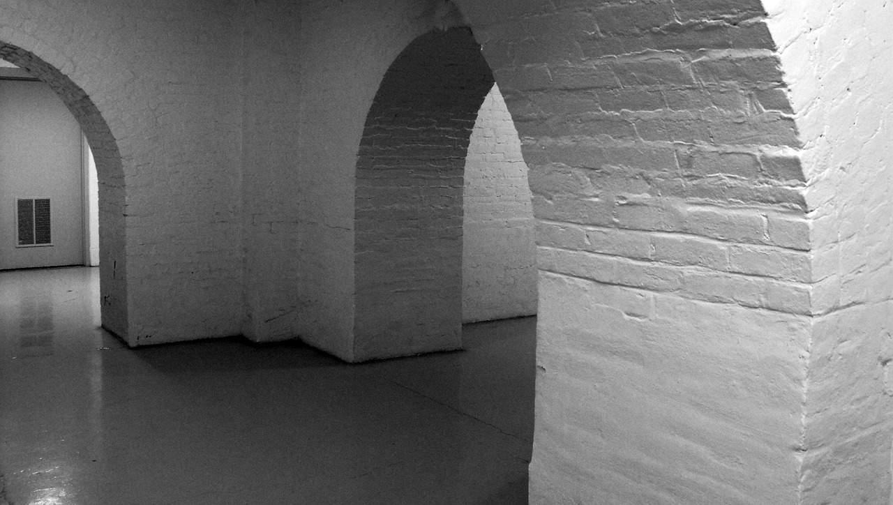 קירות וריצפה