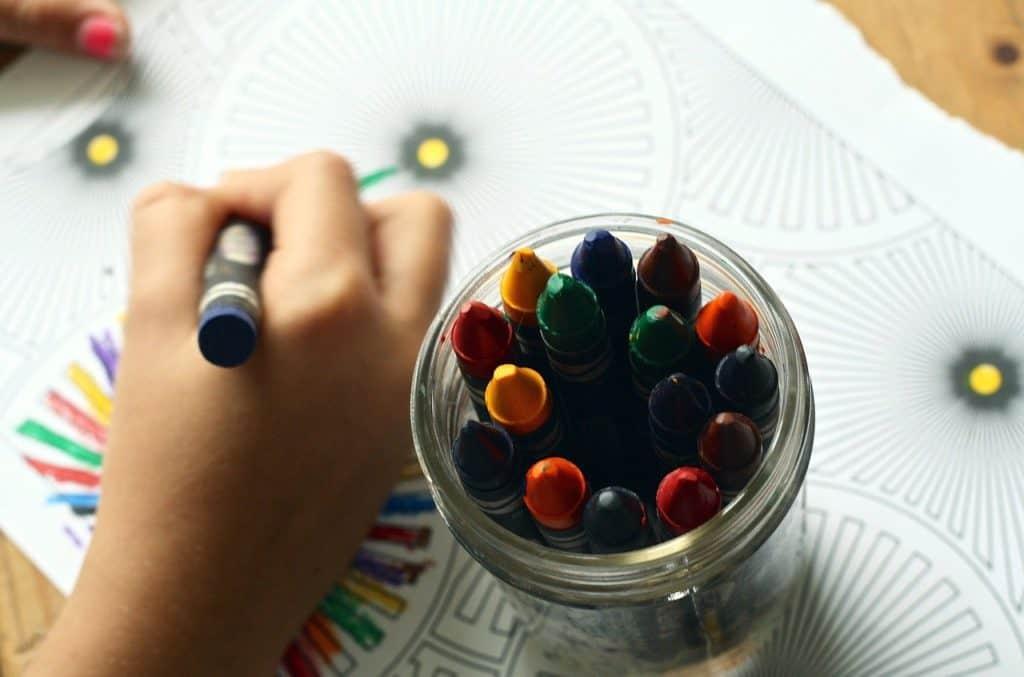 פינת יצירה בגן ילדים